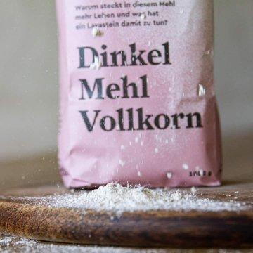 Biohof May Bio-Dinkelmehl Vollkorn, 1 kg