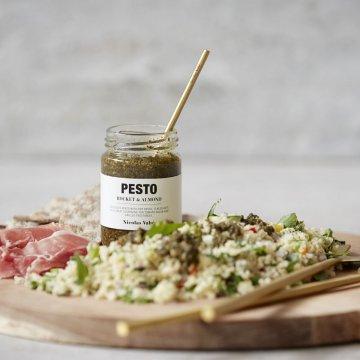 Nicolas Vahé Pesto, Rocket Salad & Almond
